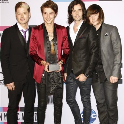 Live With Kelly: Hot Chelle Rae Performance