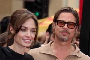 Angelina Jolie Directing Brad Pitt