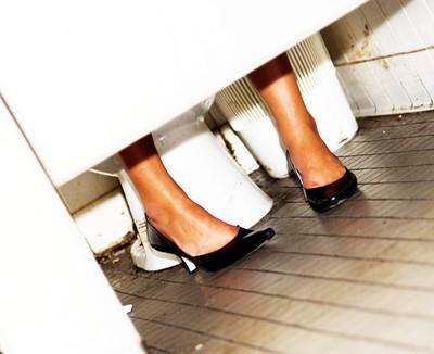 Dr Oz: Do Public Toilets Make Us Sick + Dirty Spots In Public Restrooms