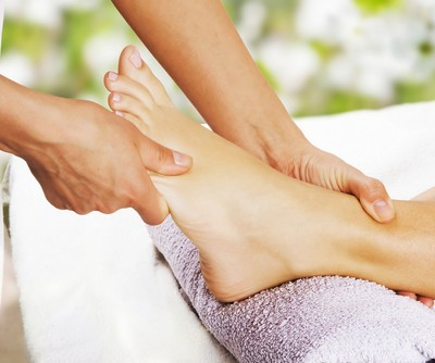 The Revolution: How To Give A Reflexology Foot Rub