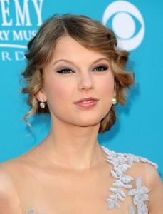"""Ellen: Taylor Swift In """"The Lorax"""""""