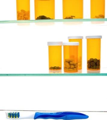 Dr Oz: Medicine Cabinet Must-Haves + Aquaphor Healing Ointment