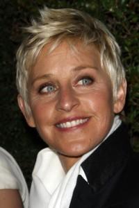 Ellen: Charlize Theron talks Snow White & Prometheus