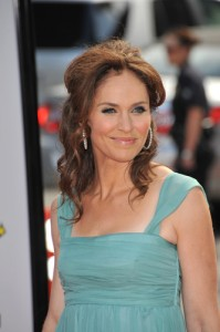 Live with Kelly May 29 2012: Amy Brenneman