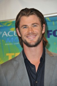 Chris Hemsworth: Live With Kelly June 1 2012 Preview