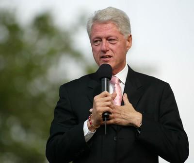 Ellen: President Bill Clinton & Whitney Elementary School