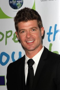 Live With Kelly: Robin Thicke