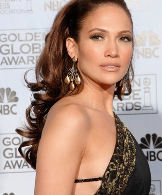 Entertainment Tonight: Jennifer Lopez Quits American Idol?