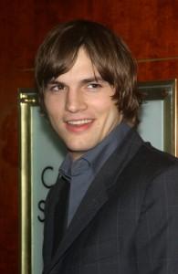 Ellen Degeneres 1500th Episode: Ashton Kutcher Naked Backstage?
