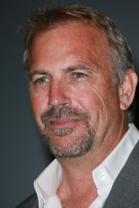 """Live With Kelly: Kevin Costner, Seth Myers, and """"Dancing with the Stars"""" Finalists"""