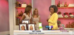 Kathie Lee and Hoda dicuss gift ideas for your teachers for under $20, including iHome home speakers, Privet House Stamp Set and much more.