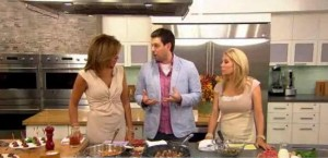 For those big parties everyone has coming up this summer, Kathie Lee and Hoda share Ryan Scott's Tipsy Meatball Recipe.