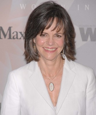 Sally Field: Live With Kelly July 2 2012