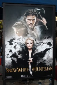 Snow White and the Huntsman: Live With Kelly June 1 2012