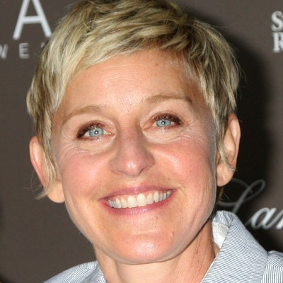 Ellen: Michael Strahan Sock Superstition; Yes, He Talks To His Socks!