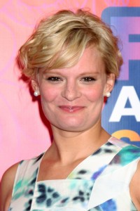 Live With Kelly: Martha Plimpton Raising Hope