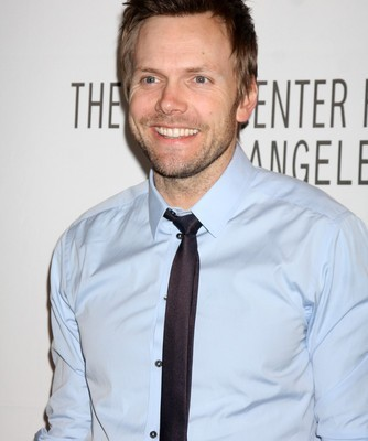 Ellen: Joel McHale Community Review