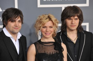 The Band Perry Outnumber Hunger: Today