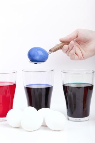 The Doctors: Homemade Edible Egg Dye Recipe