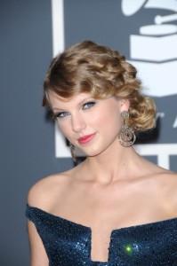 Ellen: Taylor Swift Wonderstruck Perfume Review