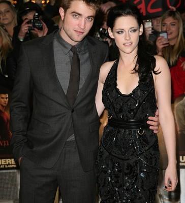 Twilight: Kristen Stewart Apologizes for Cheating on Robert Pattinson