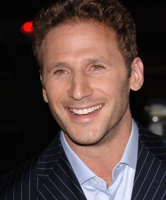 """Live With Kelly: Mark Feuerstein from """"Royal Pains"""" Co-Hosts"""