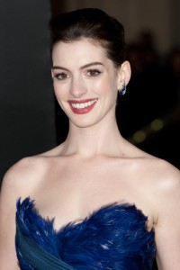 Anne Hathaway: Live With Kelly July 12 2012 Recap