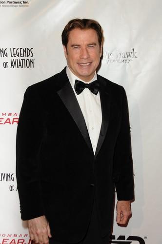 Thumbnail for Jim Carrey's House:  The Comedian Sells His Malibu Mansion at a $5 Mil Loss