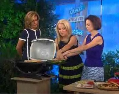 Kathie Lee and Hoda talked with Dana Cowin from Food & Wine Magazine, who shared her recipe for Campfire Feijoada.