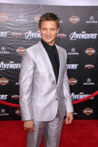 Jeremy Renner: Live With Kelly August 31 2012 Recap