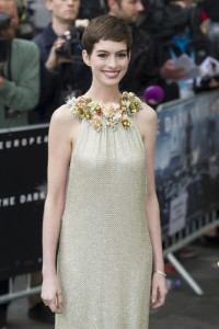 Anne Hathaway: Live With Kelly August 23 2012 Recap