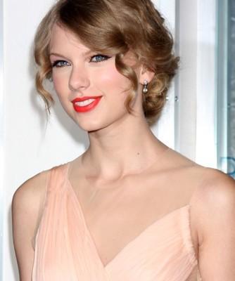 Taylor Swift Kennedy Style: Good Morning America