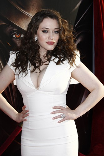 Kat dennings 2012 writers guild awards
