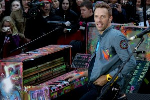 """Coldplay """"Fix You"""" Performance: Ellen"""