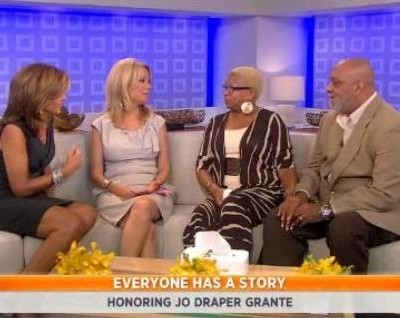 Kathie Lee & Hoda talked with this month's Everyone Has A Story winner Jo Draper Granate & her husband Jullian Granate on Hodgkin's Lymphoma.