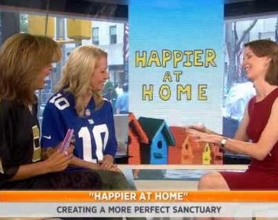 Kathie Lee & Hoda were joined by Gretchen Rubin, author of Happier At Home, who talked about being happier in our lives, like saying hello.