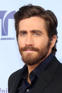 "Kelly & Michael: Jake Gyllenhaal ""End of Watch"" Interview"