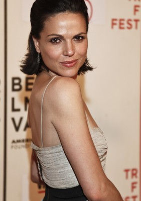 """Kelly & Michael: Lana Parrilla """"Once Upon a Time"""" Season Two"""