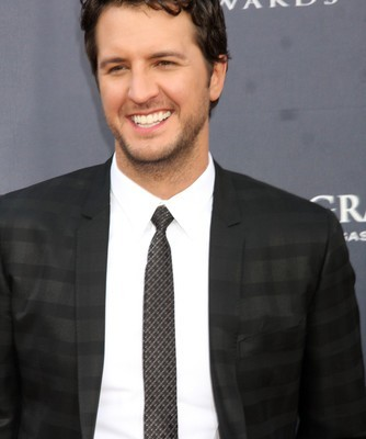 Country superstar Luke Bryan came by Ellen to talk about coming from a small town and having extraordinary success. Plus, why are his pants so tight? He opened up about that, too. (Helga Esteb / Shutterstock.com)