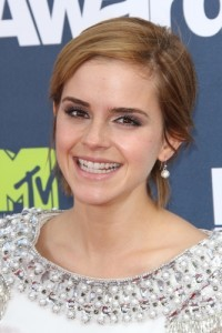"Kelly & Michael: Emma Watson ""The Perks of Being a Wallflower"""