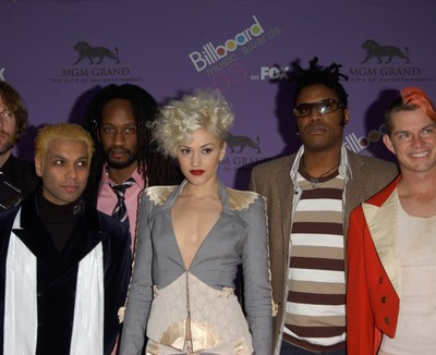 "Ellen: No Doubt Interview and ""Looking Hot"" World Premiere"