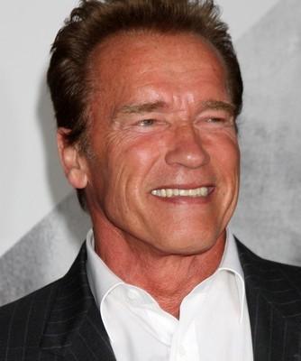 Kelly & Michael: Arnold Schwarzenegger + Steven Yeun Walking Dead