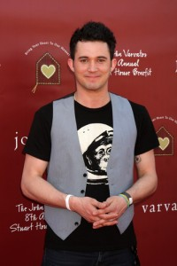 "Ellen: ""Cupcake Wars"" Host and Magician Justin Willman"