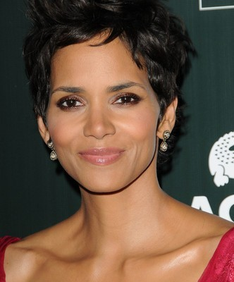 Good Morning America: Six Characters for Halle Berry in Cloud Atlas