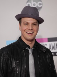 Gavin DeGraw will come by The Chew on December 17, 2014, talking about his new greatest hits album, 'Finest Hour: The Best of Gavin DeGraw'. (DFree / Shutterstock.com)