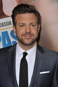 "Ellen: Jason Sudeikis ""SNL,"" Girlfriend Olivia Wilde & Giant Ellen Fan"