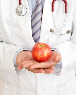 Dr Oz Debunks Myths: 5 Second Rule & Apple a Day Keeps The Doctor Away