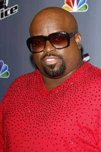 """Ellen: Cee Lo Green """"What Christmas Means to Me"""" Performance"""