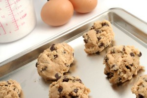 Dr Oz Food Safety: Eat Raw Cookie Dough & Cut Mold Off Food?