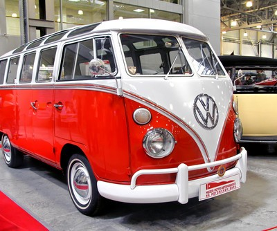 Today Show: Racist Volkswagen Commercial & Obama Is Football Dangerous